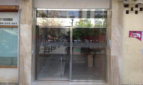 Puerta automatica para comunidad de vecinos